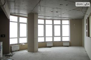 Продается 3-комнатная квартира 131.5 кв. м в Запорожье