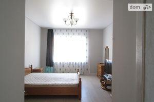 Сдается в аренду 3-комнатная квартира 100 кв. м в Ужгороде