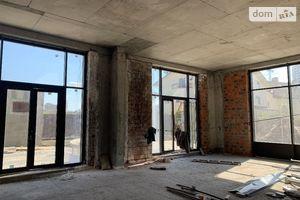 Продається об'єкт сфери послуг 205.3 кв. м в 5-поверховій будівлі