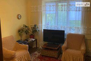 Сдается в аренду 4-комнатная квартира 56 кв. м в Черновцах
