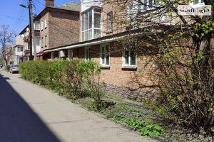 Продается 3-комнатная квартира 65.9 кв. м в Казатине