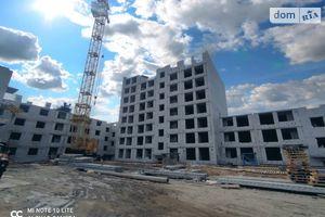 Продається 2-кімнатна квартира 80.31 кв. м у Чернігові