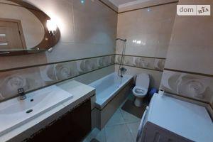Сдается в аренду 2-комнатная квартира 80 кв. м в Ровно