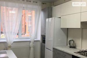 Сдается в аренду 1-комнатная квартира 43 кв. м в Черкассах
