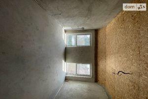 Продается 1-комнатная квартира 66 кв. м в Ужгороде