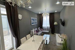 Продается 2-комнатная квартира 65 кв. м в Одессе