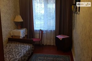 Здається в оренду кімната 60 кв. м у Києві