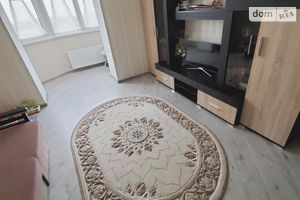 Сдается в аренду 2-комнатная квартира 67 кв. м в Луцке