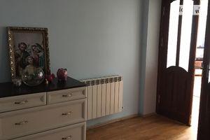 Здається в оренду кімната 98 кв. м у Івано-Франківську