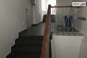 Зніму офісну будівлю довгостроково у Львівській області