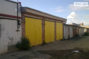 Сниму бокс в гаражном комплексе долгосрочно в Хмельницкой области
