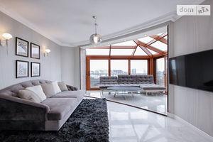 Сдается в аренду 3-комнатная квартира 120 кв. м в Одессе