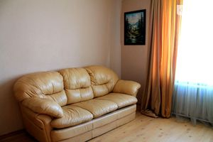Здається в оренду 2-кімнатна квартира у Луцьку