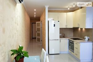 Зніму однокімнатну квартиру в Києві довгостроково
